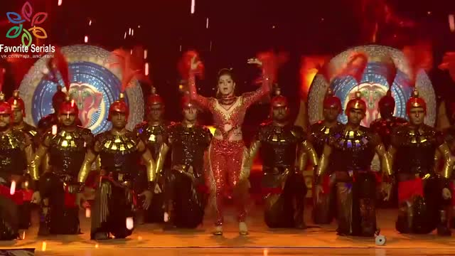 Драшти Дхами - Star Parivaar Awards 2017